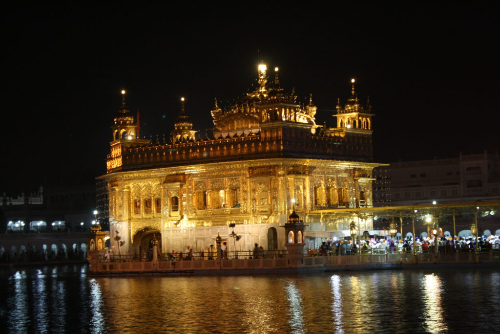 famous temple of India -Golden-temple, Amritsar