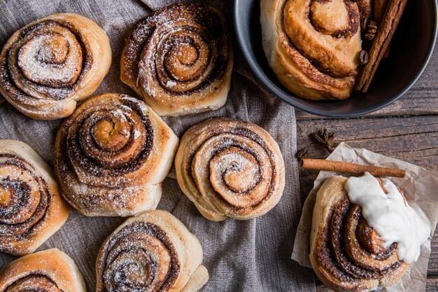 best cinnamon rolls in las vegas