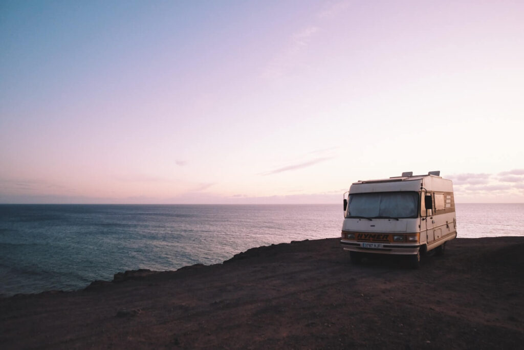 4 Things To Look At Before Professional Motorhome Hire